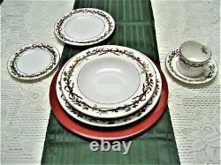 1987 Royal Worcester Holly Ribbons Christmas Dinnerware 6-Piece Place Setting