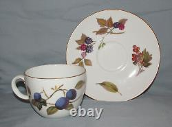 20 Pieces-Four Five-Piece Place Settings -Royal Worcester England Evesham Gold