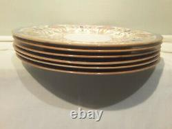 A Set of Six Royal Worcester Cabinet DInner Plates Z700/1