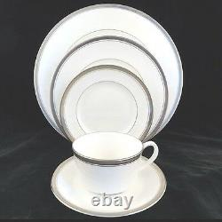 BARONESS by Royal Worcester 5 Piece Place Setting NEW NEVER USED made in England