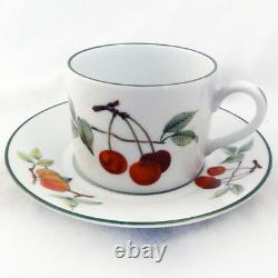 EVESHAM VALE by Royal Worcester 5 Piece Place Setting NEW NEVER USED