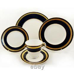 HAMPTON by Royal Worcester 5 Piece Place Setting NEW NEVER USED made in England