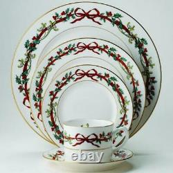 ROYAL WORCESTER HOLLY RIBBONS 5-pc PLACE SETTING NEW IN BOX