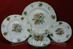 ROYAL WORCESTER china DORCHESTER pattern 60-piece SET Place Settings for 12