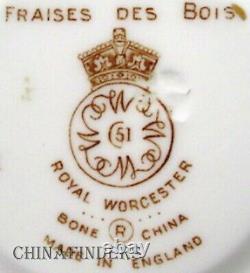ROYAL WORCESTER china FRAISES DES BOIS pattern 60-piece SET SERVICE for 12