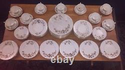 Royal Worcester 1964 Reverie Dinner Set