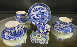 Royal Worcester-Blue Willow B 389-Set of (4) Cups and Saucers-Lovely-BUY IT