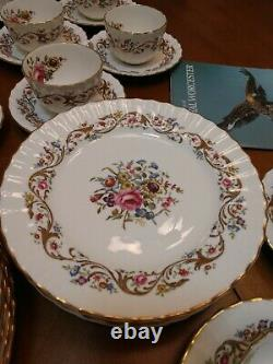 Royal Worcester Bournemouth China Dinnerware Set Vintage England Service for 8