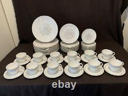Royal Worcester Bridal Lace 61 Pc 12+ 5 Pc Place Settings Dinner Plate Service