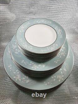 Royal Worcester Bridal Rose pattern dinner set service for 8 person