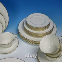 Royal Worcester China Concerto White Embossed Floral 8 Place Settings 40 Pcs