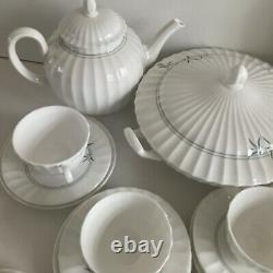 Royal Worcester Green Bamboo Dinner & Breakfast Set 6 Place Sitting. 43 Pieces