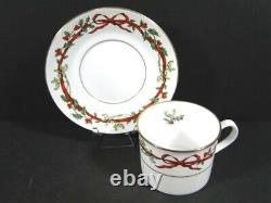 Royal Worcester HOLLY RIBBONS 5 pc SETTING Dinner Salad B&B Plates Cup & Saucer