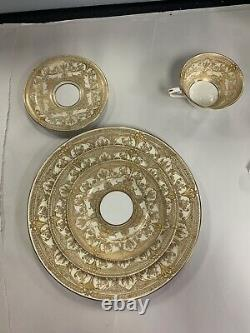 Royal Worcester Harewood 1 5 Pieces Place Setting