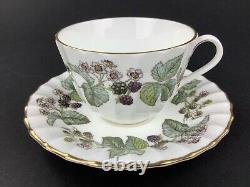 Royal Worcester Lavinia 20-Piece Set for FOUR (4) Purple Blackberries Gold Lot B