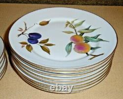 Royal Worcester Oven To Table Porcelain Dinner Set Evesham