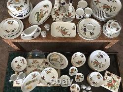 Vintage Evesham China Entire Set plus many extras